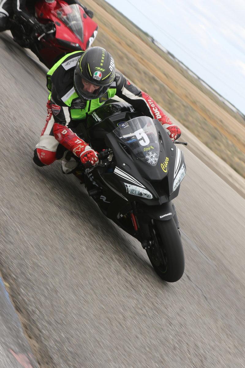 Ninja 400R Buttonwillow Track Day report - Page 2 - Kawasaki Ninja